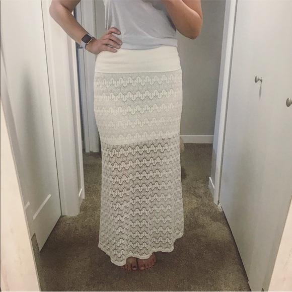 best service 548c3 08633 Vanity white lace maxi skirt size medium